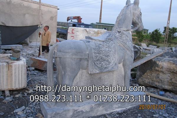 Ngua da dep Đá mỹ nghệ Tài Phú