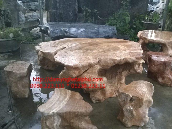 Bàn ghế đá đẹp 2