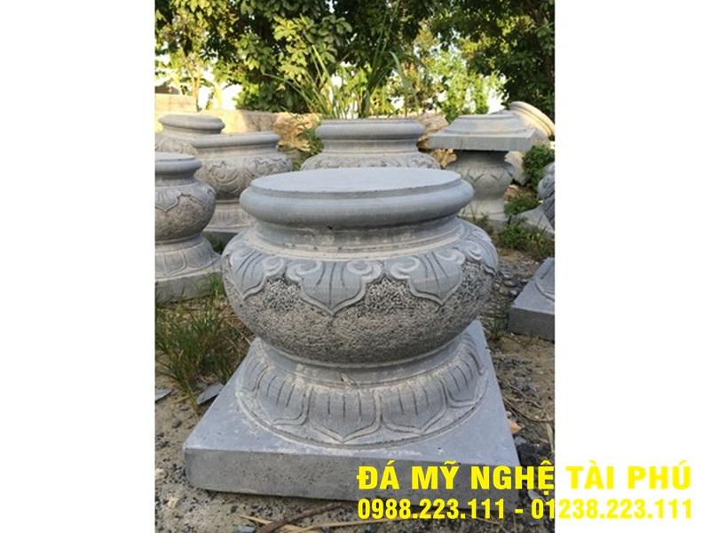 Chân cột đá tại Quảng Nam