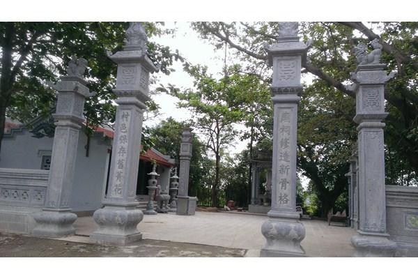 Làm cột đá nhà thờ họ tại Bắc Giang