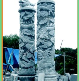 Cột đá đẹp 2