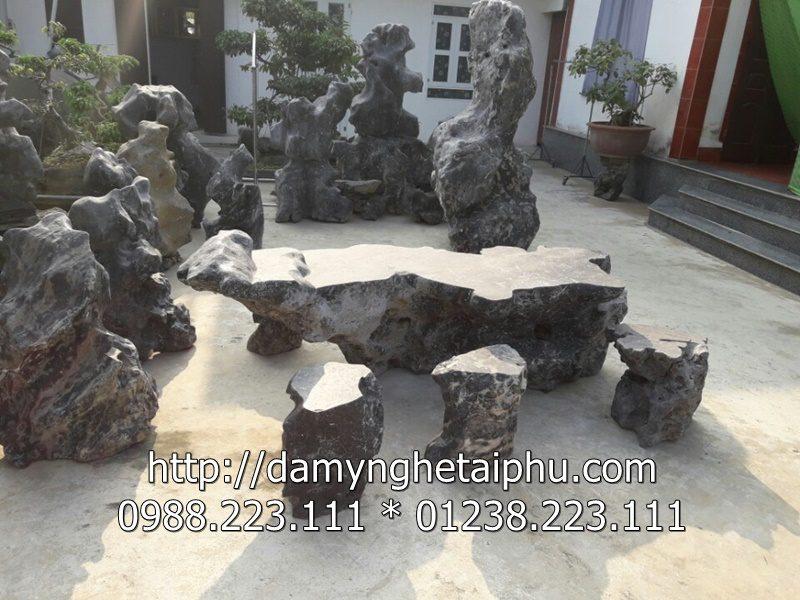 Ban ghe da Tai Phu