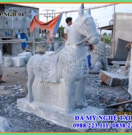 Ngựa đá – Mẫu ngựa đá đẹp 04