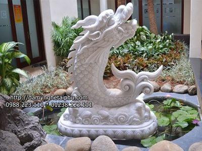 Tuong canh da dep - tượng cá chép bằng đá, tượng các chép vượt vũ môn bằng đá.