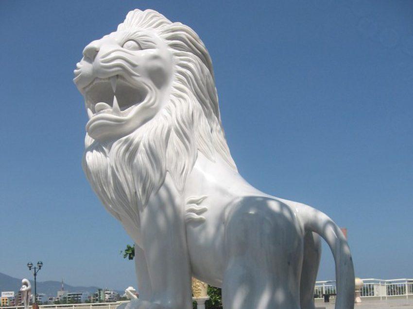 Sư tử đá