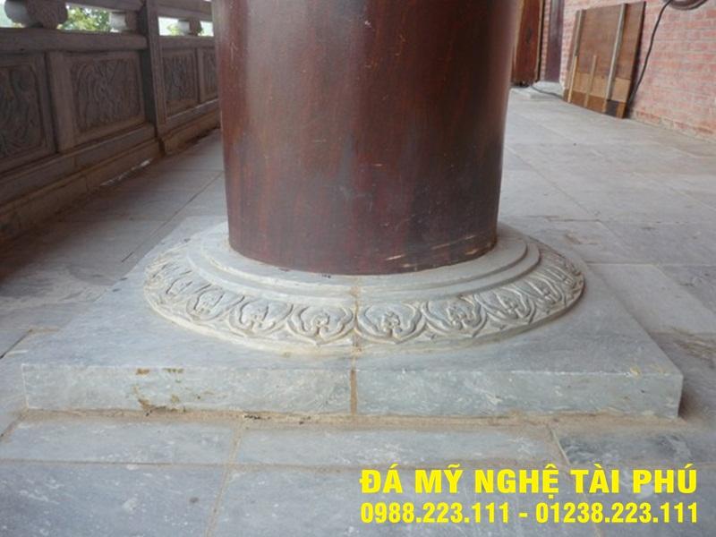 Chân cột đá tại Hưng Yên