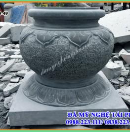 Tảng cột đá tại Quảng Nam