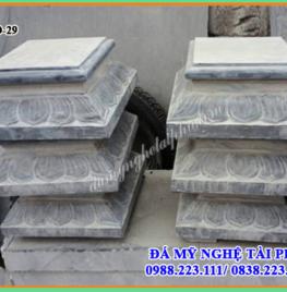 Chân cột đá vuông tại Hà Giang