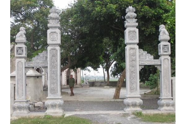 Làm cột đá nhà thờ họ tại Bà Rịa