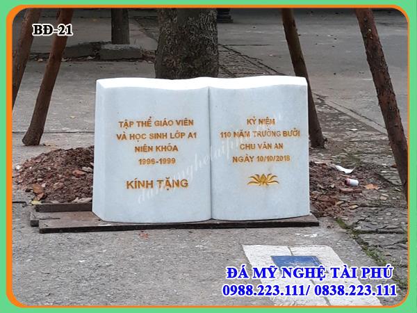 Bia đá kỷ niệm hình quyển sách, bia đá, bia đá lưu niệm, bia đá trắng
