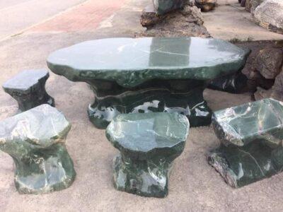 Mẫu Bàn ghế đá Tự nhiên giá rẻ tại Ninh Bình