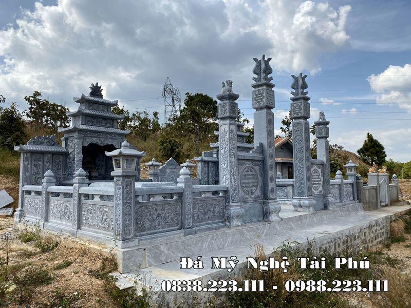 Khu Lang mo da dep tai Ninh Binh bang da xanh nguyen khoi