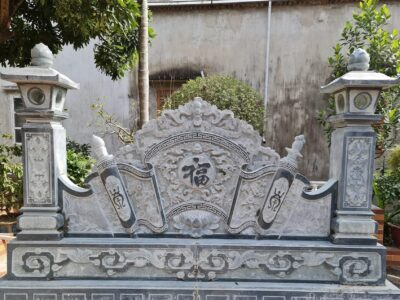Mẫu Bình phong đá xanh rêu đẹp cho Nhà thờ tổ/Từ đường